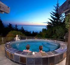 hot tub overlooking the ocean