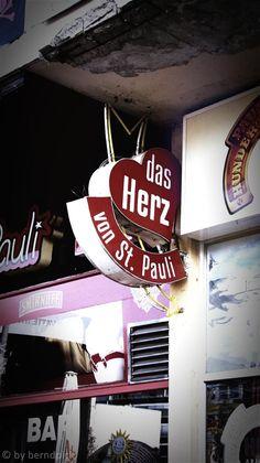 #Hamburg #St. Pauli