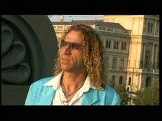 Mirrored Sunglasses, Mens Sunglasses, Youtube, The Originals, Musica, Men's Sunglasses, Youtubers, Youtube Movies