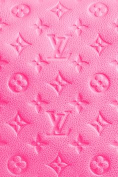 LV in PINK.....