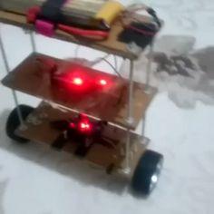 @devkann Takipcimizden gelen kendini dengeleyen robot projesi.. Başarılı  Sizde projelerinizi hesabınızdan paylaşıp bize DM'dan  yollayabilirsiniz.. #technology #project #proje #arduino #pic #plc #programming #mech #working #design #art #instagood #like #follow #nice #great #energy #system #world #electronics #mechatronic #engineering #mühendis #balancerobot #balance #school #college #student #mecatronica by mechatronica