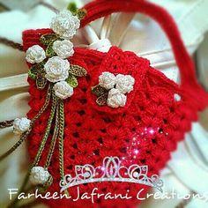 Crochet Mask, Crochet Pouch, Crochet Quilt, Crochet Purses, Cute Crochet, Crochet Motif, Crochet Slipper Pattern, Crochet Purse Patterns, Crochet Slippers