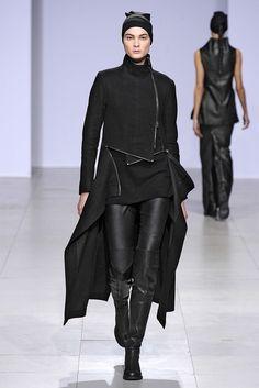 Sfilata Peachoo + Krejberg Paris - Collezioni Autunno Inverno 2012-13 - Vogue