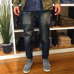 http://chicerman.com  selvedge-socks-shoes:  And the front of Harrys well worn Razor VJS #fromvirgintovintage . . . .  #denhamaustralia #denhamlegend #denhamthejeanmaker #denham #rawdenim #drydenim #virgindenim #selvedgedenim #myer #myerman #menswear #thetruthisinthedetails by @denham_australia  #menshoes