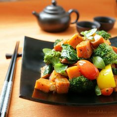 Spiced Yam and Vegetable Stir Fry / http://bamskitchen.com