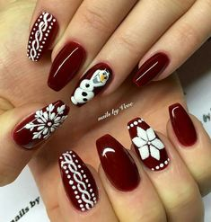 27 Festive and easy Christmas nail art designs you must see and try this holiday season.Capture the holiday spirit with these Christmas nail art ideas. Nail Art Noel, Red Nail Art, Christmas Nail Art Designs, Holiday Nail Art, Christmas Nail Designs Easy Simple, Holiday Nails 2018, Christmas Design, Christmas Christmas, Simple Christmas Nails