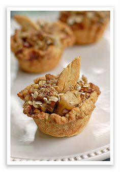 Mini apple pies with pastry leaves