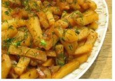 "Tasty potatoes in slow cooker in mode ""Baking""."