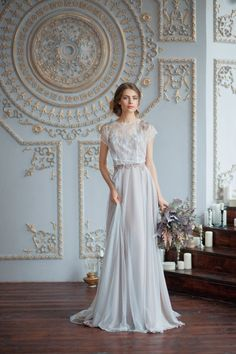 Adrianna / Boneless light wedding dress with soft cups / Pale