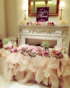 ふわふわなフリルと淡いバラに囲まれてロマンティックな披露宴...♡