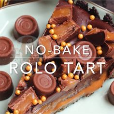 A delicious No-Bake Rolo Tart that will be the perfect Showstopper for any occasion! A delicious No-Bake Rolo Tart that will be the perfect Showstopper for any occasion! Delicious Desserts, Yummy Food, Hallowen Food, Chocolate Belga, Comfort Food, Savoury Cake, Savoury Baking, Food Cakes, Desert Recipes
