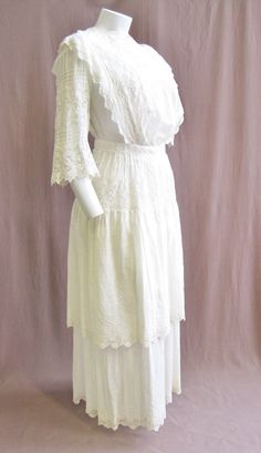 1910's White Cotton Eyelet Lace Dress Size XS by ViasVintage on Etsy