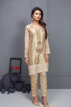 Pakistani Fancy Dresses, Pakistani Party Wear, Pakistani Wedding Outfits, Pakistani Couture, Indian Dresses, Punjabi Fashion, Asian Fashion, Walima Dress, Eastern Dresses
