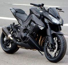 Black motorcycle Moto Suzuki, Suzuki Motorcycle, Motorcycle Tips, Motorcycle Quotes, Super Bikes, Motos Kawasaki, Kawasaki Ninja, Kawasaki Motorcycles, Cool Motorcycles