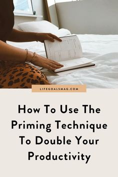 perfectionist's guide to being more productive through a simple technique we call priming. use this productivity hack to get more done without letting your mindset get in the way. this two-part system helps you to plan ahead and take action on your goals. Writing Lists, Blog Writing, Career Goals, Life Goals, Where Is My Mind, Productivity Hacks, Bettering Myself, What Inspires You, Getting Things Done