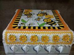 Croche.com.br Stove Hoods, Crochet Kitchen, Kitchen Kit, Kitchen Playsets, Crochet Edgings, Round Shag Rug, Paths, Crocheting, Tejidos