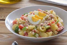 Ensalada campera: receta fácil e imprescindible para el verano Cooking Time, Cooking Recipes, Healthy Recipes, Spanish Kitchen, Dinner For Two, Antipasto, Light Recipes, Salad Recipes, Potato Salad