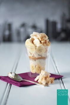 Banana and Meringue Yoghurt Icecream Sunday with Dulce de Leche {RECIPE} - Chew Town Food Blog