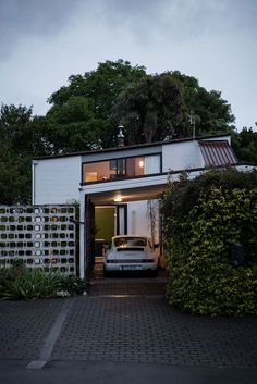 Delight in this Modernist 1960s Messervy House by Allan Mitchener