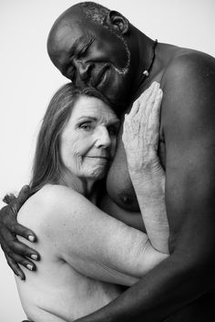 Old couples showing naked bodys