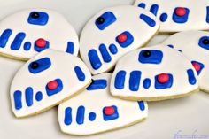 Star Wars Sugar Cookies & Royal Icing Recipe. May the Shwartz Be With You.  http://www.1finecookie.com/2012/01/star-wars-sugar-cookies-royal-icing-recipe-may-the-shwartz-be-with-you/