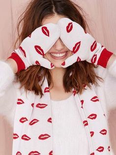 American Retro Cheryl Mittens at Nasty Gal Valentines Day Weddings, Happy Valentines Day, Valentines Single, Women Lifestyle, Cheryl, Nasty Gal, Mittens, Tartan, Winter Hats