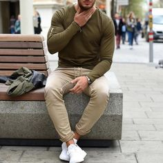 Great color combo by @philippegazarstyle [ http://ift.tt/1f8LY65 ]