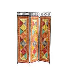 Sari Screen! We could put this around the toilet in the bathroom to give extra privacy.