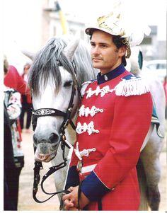 Agente de gala y su caballo  policía montada  Palma Mallorca Spain