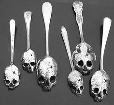 Skull flatware