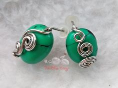 Opposite attract - wire wrapped studs