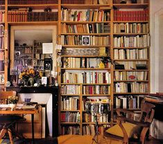 Most people want things like game rooms and movie theaters in their dream homes. Me? I would like a library.