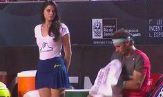 El vídeo de Rafa Nadal y la recogepelotas más sexy