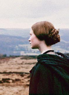 Mia Wasikowska, Jane Eyre - Jane Eyre (2011) #charlottebronte #caryfukunaga
