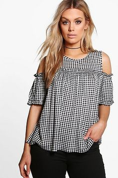 boohoo Plus Zoe Gingham Cold Shoulder Ruffle Top Blouse Styles, Blouse Designs, Ruffle Top, Wardrobes, Plus Size Outfits, Gingham, Casual Wear, Fashion Outfits, Tops