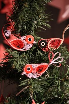 Fugle Quilling Christmas, Christmas Crafts, Christmas Tree, Christmas Ornaments, Diy Craft Projects, Crafts For Kids, Arts And Crafts, Diy Crafts, Quilling Paper Craft