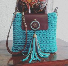 17 best images about crochet purses totes on Bag Crochet, Crochet Handbags, Crochet Purses, Pierre Turquoise, Crochet Shoulder Bags, Yarn Bag, Diy Tote Bag, Handbag Patterns, Macrame Bag