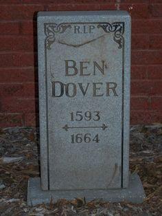 tombstone by Halloween Forum member kritze Show next photo