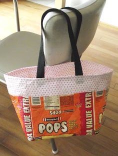Sarah: Fused Plastic - A Tutorial - this looks cool to uses recycled plastic for bags, maybe sandwich bags and such. - Pinned by Beth Plastic Bag Crafts, Recycled Plastic Bags, Recycled Crafts, Recycled Clothing, Recycled Fashion, Fused Plastic, Plastic Spoons, Plastic Bottles, Sewing Crafts