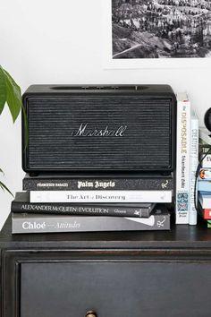 Marshall Speaker at Home | Alittleleopard.com