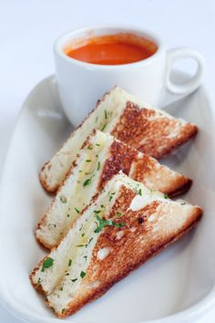 Gourmet grilled cheese? Sounds good to us!