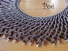 Poé gyöngyei - Éva Pálné - Picasa Web Albümleri Beaded Collar, Collar Necklace, Beaded Necklace Patterns, Beaded Jewelry, Necklace Tutorial, Zulu, Jewelery, Beading, Beadwork