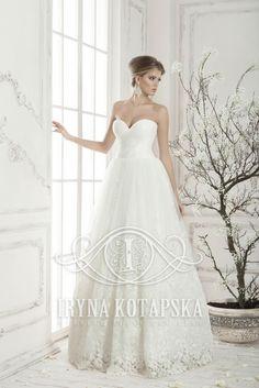 """😌🌸🌸Сказочно красивое платье от компании """"Iryna Kotapska"""". Модель """"Новелла"""" - один из любимых нарядов наших партнеров и невест."""