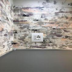 Decorazione di un para schizzi in una cucina privata (dettaglio) In Loco, Photo Wall, Home Decor, Photograph, Decoration Home, Room Decor, Home Interior Design, Home Decoration, Interior Design