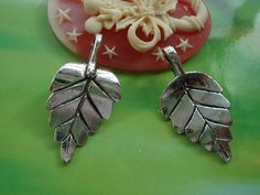 Hey, I found this really awesome Etsy listing at https://www.etsy.com/listing/128194452/10-pcs-29x15mm-antique-silver-heavy-3d
