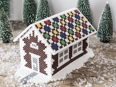DIY - A house made of pearls - DIY gingerbread house of beads You are in the right place about disney crafts Here we offer you the - Pokemon Perler Beads, 3d Perler Bead, Fuse Bead Patterns, Beading Patterns, Jewelry Patterns, Embroidery Patterns, Christmas Perler Beads, Hama Beads Design, 3d Figures