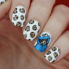 Nail Art Mash Up - Cookie Monster, How to Make your Nail Polish Last Longer &. - Nail Art Mash Up – Cookie Monster, How to Make your Nail Polish Last Longer & more! Funky Nail Art, Funky Nails, Cookie Monster Nails, Monster Inc Nails, Disney Acrylic Nails, Disney Nails Art, Food Nail Art, Disney Inspired Nails, Unicorn Nail Art