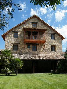 Spain Country, Hotel California, Countryside, Cabin, Country Homes, House Styles, Html, Home Decor, Style At Home