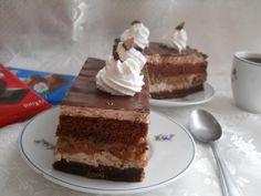 Reteta culinara Prajitura cu ciocolata si banane caramelizate din categoria Dulciuri. Cum sa faci Prajitura cu ciocolata si banane caramelizate