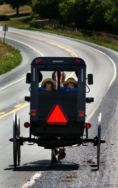 technology in the society of the amish of pennsylvania The amish are a traditionalist christian denomination that can be found primarily in the us states of pennsylvania, ohio and indiana and the province of ontario in canada they share the hebrew bible and christian new testament as their primary scriptures and more or less share the theological beliefs.